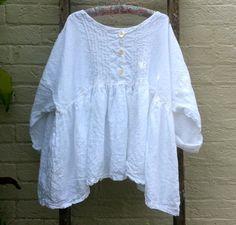 Handstitched Linen Oversized Linen Shirt – MegbyDesign