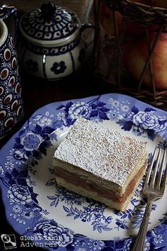 szarlotka) This cake is as popular with the Polish people as apple pie ...