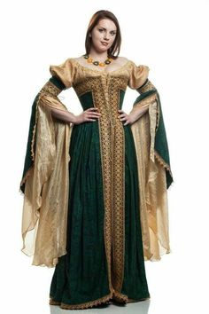 0a2176db7c8 Italian renaissance courtesan dress