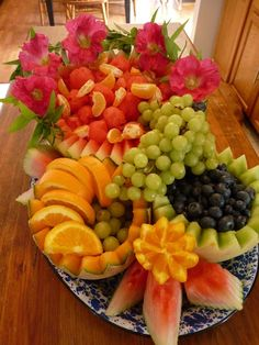 Fruit Arrangement By: Stacey Reich - I made this for a graduation Fruit Buffet, Fruit Platters, Fruit Bowls, Fruit Salads, Fruits Decoration, Veggie Display, Fruit Creations, Fruit And Vegetable Carving, Beautiful Fruits
