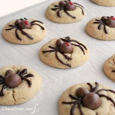 This recipe for Halloween spider cookies couldn't be easier to create! You don't need anything fancy.