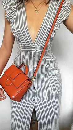 17 cute dresses that are so cheap will let your jaw drop - Style Spacez Look Fashion, Trendy Fashion, Fashion Outfits, Womens Fashion, Workwear Fashion, Fashion Blogs, Chanel Fashion, Trendy Style, Petite Fashion