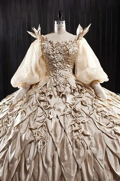 Costume Design...Oscar winning costume designer Eiko Ishioka.