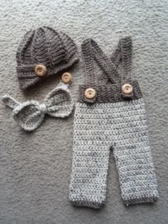 Crochet baby shortspants with suspenders diaper cover in stonewash 100 cotton newborn beanies crochet baby newsboy capsbow tie with pants baby dt1010fo