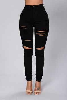 Waist Jeans outfit Blanched Jeans - Black - Available in White and Black - High-Waisted - Skinny Leg - Destroyed - White Wash - 2 Back Pockets - 98 Cotton 2 Spandex Girls Ripped Jeans, Ripped Jeggings, Ripped Skinny Jeans, Denim Jeans, Harem Jeans, Denim Leggings, Black Ripped Jeans Outfit, Black Skinnies, Jeans Pants