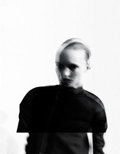 . Blur Photography, Portrait Photography, Viviane Sassen, Altered Images, Richard Avedon, Glitch Art, Visual Communication, Photoshoot Inspiration, Portrait Art