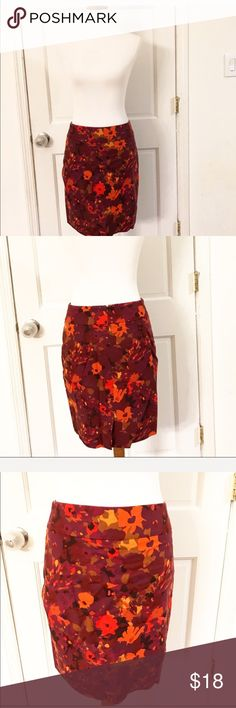 LOFT red floral pencil skirt Cute red and orange floral pencil skirt. Slit in the back. LOFT Skirts Pencil