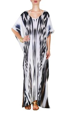 """Our """"Maxi Poncho Kaftan"""" is a very easy one size fit's all. It's a classic V-neck front and the tunic has seams on both sides and fabric drapes along body on ei Draped Fabric, Fit S, Kaftan, Cover Up, Xmas, Tunic, V Neck, Dresses, Fashion"""