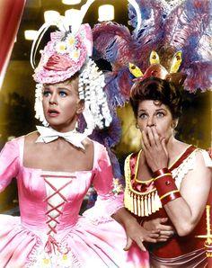 "mis actrices preferidas — Doris Day-Martha Raye ""Jumbo, la sensación del... Anita Ekberg, Dean Martin, Catherine Deneuve, Classic Actresses, Classic Films, Twiggy, Old Hollywood Glamour, Classic Hollywood, Marilyn Monroe"