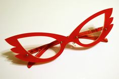 Sailor V cosplay Wing-tipped Glasses from Lightning and Lace.