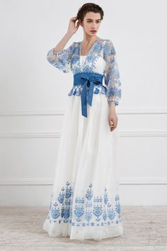 ideas for sewing dress wedding fall 2015 Look Fashion, Hijab Fashion, Fashion Dresses, Fashion Design, Fashion Check, Fashion Tips, Elegant Dresses, Pretty Dresses, Traje Casual