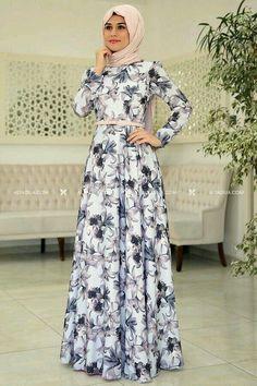 Modern Hijab Fashion, Muslim Women Fashion, Islamic Fashion, Abaya Fashion, Fashion Dresses, Hijab Dress Party, Hijab Style Dress, Hijab Outfit, Modest Dresses