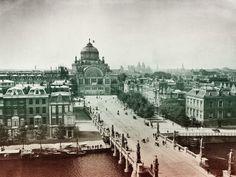 Paleis voor Volksvlijt (ca. 1895-1898), gezien vanaf het Amstel Hotel.