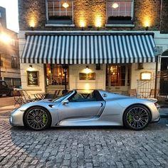#Porsche #918Spyder