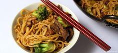 Rýchle čínske rezance s brokolicou a hovädzími kúskami