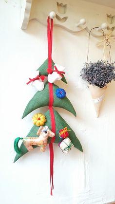 크리스마스 트리 : 네이버 블로그 Christmas Decorations, Christmas Ornaments, Holiday Decor, Handmade Christmas, Xmas, Sewing, Illustration, Crafts, Home Decor