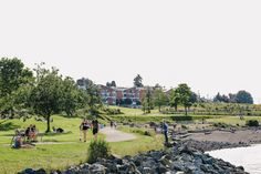 If you're looking for a spacious outdoor spot, try New Brighton Park! With views of the ocean and the North Shore Mountains, you'll have a lovely setting for a picnic or a walk. ☀️ Dog parents will also want to bring their pup along. The enclosed dog park and the doggy beach area have become a favourite amongst those with furry friends. 🐶 #Vancouver #vancouverbc #vancouverbeach