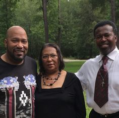 Bun B with his mom and brother