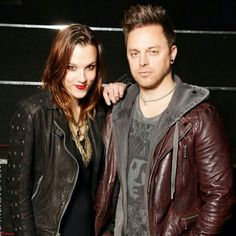 Lzzy Hale (left) of Halestorm and Matt Tuck (right) of Bullet For My Valentine Music Is Life, My Music, Lzzy Hale, Bullet For My Valentine, Tv Show Music, Halestorm, Mayday Parade, Stuff And Thangs, Pierce The Veil