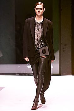 Krizia Top Fall 2001 Ready-to-Wear Fashion Show - Amy Lemons