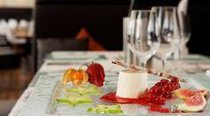 Hotel Auwirt - Restaurant Panna Cotta, Restaurant, Ethnic Recipes, Food, Twist Restaurant, Meal, Eten, Hoods, Meals