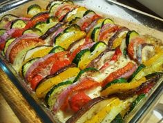 WW Goat Vegetable Tian - Main Course and Recipe New Recipes, Real Food Recipes, Vegan Recipes, Dinner Recipes, Fast Recipes, Vegetable Tian, Plats Weight Watchers, Organic Recipes, Ethnic Recipes