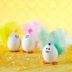Here are some impressive modern Easter crafts projects Easter Egg Decorating Ideas - Easter Egg Crafts with a few other theme items of artistic style. Easter Egg Dye, Easter Egg Crafts, Easter Projects, Hoppy Easter, Easter Party, Easter Bunny, Easter Ideas, Bunny Crafts, Easter Table