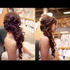 Prom hair... I think yeeeees :)