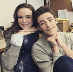 grant gustin and danielle panabaker, the flash, snowbarry The Cw, Marvel Dc, Berry Allen, Barry And Caitlin, Flash Barry Allen, The Flash Grant Gustin, Snowbarry, Danielle Panabaker, Cw Series