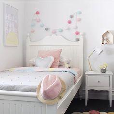 This is so cute  by @myhouseloves #love #boysroom #gutterom #girlsroom #jenterom #interiør #inspo #barnerom #barneinteriør #barneinspo #barneromsinteriør #gravid #nyfødt #newborn #babyroom #barsel #mammaperm #mammalivet #småbarnsliv #interior #kidsinspo #kidsinterior #kidsdecor #nursery #nurserydecor #barnrum