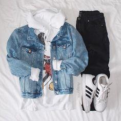 Wear??? Credit @alwaysannie_  #outerfashionlish