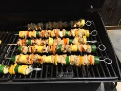 21 Day Fix Recipes. Chicken Kabobs. For more recipes visit: www.robinbonswor.com Get Fit. Lose Weight. Feel like you again.