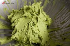 How to make green tea frosting for cupcakes