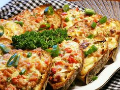Bread Baking, Vegetable Pizza, Quiche, Hamburger, Sandwiches, Toast, Food And Drink, Appetizers, Menu