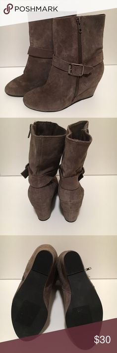 """Steven by Steve Madden Wedge Booties NWOT Steven by Steven Madden Wedge booties with side zipper. Taupe in color. Heel height: 4"""" Steven by Steve Madden Shoes Ankle Boots & Booties"""