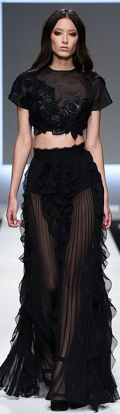 READY-TO-WEAR ERMANNO SCERVINO SPRING-SUMMER 2016
