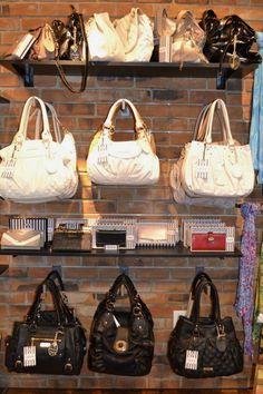 purse & wallet display.