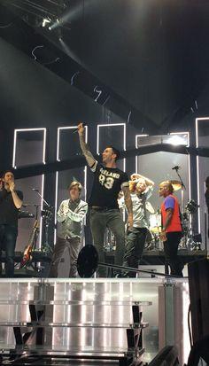 #Vtour Adam Atlanta 2-19-15 @OfficialMaroon5