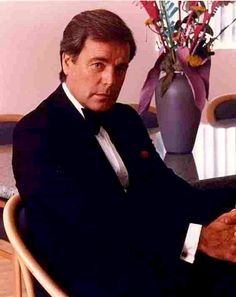 Robert Wagner is from one of my favourite shows called hart to hart