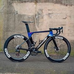 This System Six is rolling our SES and will be raced this season by Nuun-Sigma-Sports. Photo and Build by Cycling Art, Road Cycling, Cycling Bikes, Cycling Quotes, Cycling Jerseys, Skates, Bicycle Race, Bike Rides, Bike Kit