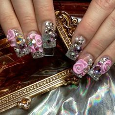 3d nail art diamonds 3D Nail Art Designs & Inspiration