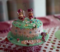 Possible cake idea for Katie