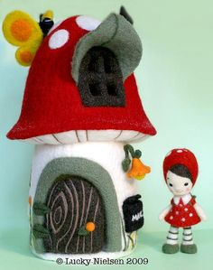 #needlefelt #wool #gnome #mushroom STUNNING work!
