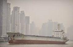 PURIFICACION DE AIRE AIRLIFE MUNDIAL te dice. Los contaminantes tóxicos del aire son substancias venenosas en el aire que vienen de fuentes naturales o de fuentes hechas por el hombre (por ejemplo, los compuestos químicos emitidos por las chimeneas de las fábricas) y pueden dañar el ambiente o su salud. Inhalando (o respirando) los contaminantes tóxicos del aire pueden aumentar sus posibilidades de experimentar problemas de salud. http://airlifeservice.com/