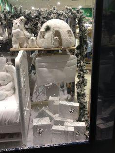 Allestimento Natale - Punto Vendita #IoBimboSardegna #Olbia #Natale #2012 #Orsi #Neve #vetrine