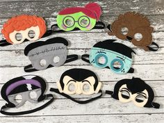 These embroidered felt HOTEL TRANSYLVANIA INSPIRED masks inspire creative play and are the perfect dress up tool for your child's imaginative play. Dulceros Halloween, Masque Halloween, Halloween Party Favors, Birthday Party Favors, 3rd Birthday, Halloween Costumes, Birthday Parties, Festa Hotel Transylvania, Hotel Transylvania Birthday