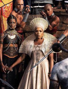 Queen...Angela Basset, Black Panther Movie, 2018