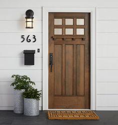 Outstanding modern farmhouse front door : interior - www Wood Front Doors, Front Door Entrance, House Entrance, Front Door Decor, Entry Doors, Front Door Numbers, Porch Entry, Farmhouse Front Doors, Large House Numbers