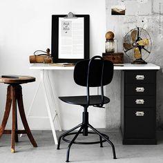 Nya #KULLABERG av @sarah.fager.ikea.designer är tydligt inspirerad av klassiska arbetsstolar i industristil, men med funktioner som en modern kontorsstol. Något för hemmakontoret?