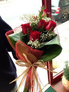 Bouquet com Rosas vermelhas ❤︎ #aflordajuda #bouquet